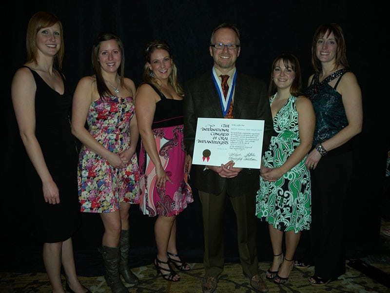 oral implantologists 2011 award